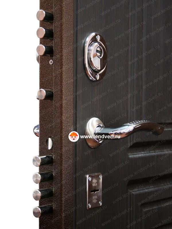 металлическая дверь повышенной прочности