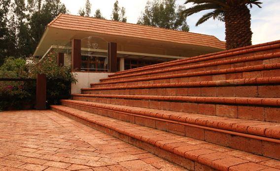 Тротуарная плитка имеет широкое применение и используется по всему миру